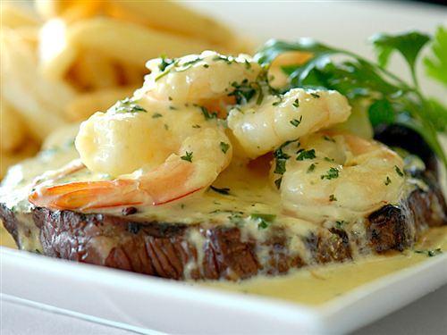 The Port Club restaurant in Alberton, Adelaide - Eatoutadelaide.com.au